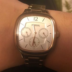 Fossil Rose Gold Style Watch